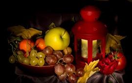 Aperçu fond d'écran Raisins, pomme, rose, lanterne, nature morte