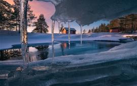 Carámbanos, casa, nieve, invierno