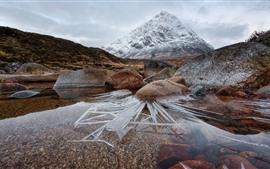 Escocia, montaña, rocas, hielo, agua.