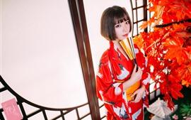 Короткие волосы Японская девушка, кимоно, красные кленовые листья