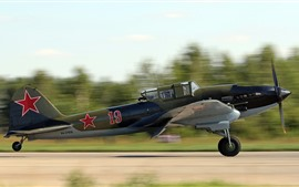 Preview wallpaper Soviet attack aircraft take off