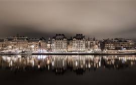 Suecia, Estocolmo, casas, río, reflejo del agua, noche, luces