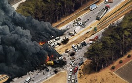 Preview wallpaper Traffic accident, disaster, top view, painting