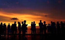 Aperçu fond d'écran Îles Xisha, mer, gens, coucher de soleil, silhouette