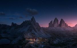 Aperçu fond d'écran Alpes, montagnes, maison, lumières, nuit
