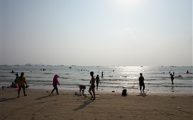 Preview wallpaper Beach, sea, water, people, Huizhou, China