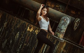 Beautiful Chinese girl, long hair, pose, fashion