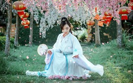 Preview wallpaper Beautiful Chinese girl, retro style, flowers, spring