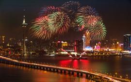 Bellos fuegos artificiales, barco, ciudad, Shanghai, puente, luces, noche, China