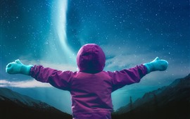 Preview wallpaper Child want to hug the northern lights, starry