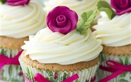Aperçu fond d'écran Petits gâteaux, crème, fleurs
