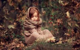 Menina bonitinha, cabelo vermelho, cachecol, frutas vermelhas, natureza