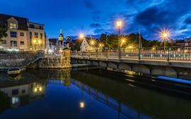 Alemania, Stralsund, río, puente, luces, noche