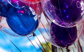 Preview wallpaper Holiday balloons