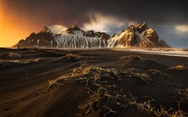 Preview wallpaper Iceland, mountains, beach, dusk