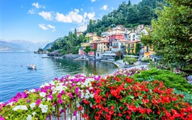 Italy, Varenna, Lake Como, houses, flowers, coast, boats