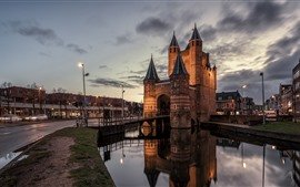 Preview wallpaper Netherlands, Haarlem, castle, buildings, river, night, city