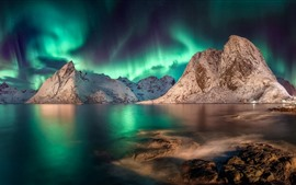 Preview wallpaper Norway, Nordland, Lofoten, Northern lights, mountains, sea, dusk