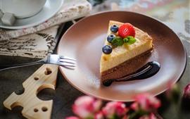 壁紙のプレビュー 1つのスライスケーキ、果実、ブルーベリー、フォーク