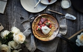 Preview wallpaper Pie, strawberry, food, white roses