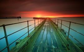 埠頭、海、灯台、日没