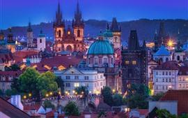Praga, República Checa, noche, ciudad, edificios, luces