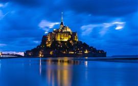 Aperçu fond d'écran Mer, île, château, lumières, nuit
