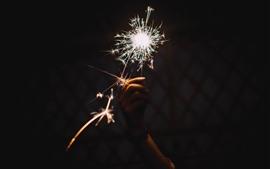 壁紙のプレビュー 火花、手、夜