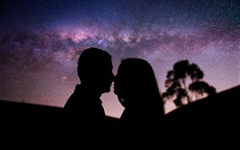 Preview wallpaper Starry, night, couple kiss, silhouette