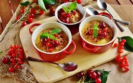 Vorschau des Hintergrundbilder Drei Tassen Dessert, Johannisbeeren, Kirsche, Löffel