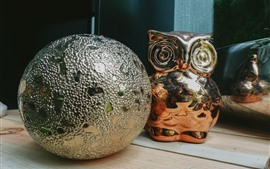 Preview wallpaper Toy ball and owl, decoration