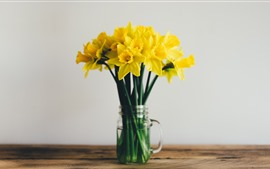 Preview wallpaper Yellow flowers, daffodils, bouquet, vase