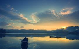 Lago, barcos, montanhas, nascer do sol, céu, nuvens