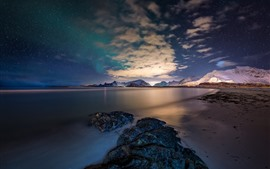 Norway, Lofoten Islands, sea, stones, stars, sky