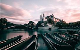 Suiza, Aarburg, barcos, río, puente, ciudad