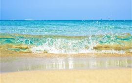 Salpicaduras de agua, playa, mar.