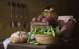 豆、じゃがいも、パン、静物