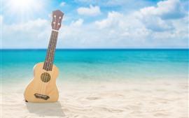 Aperçu fond d'écran Guitare, plage, mer, nuages, soleil