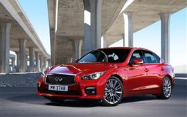Infiniti Q50 coche rojo