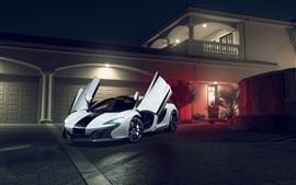 Preview wallpaper McLaren 650S white supercar, doors opened, villa, night