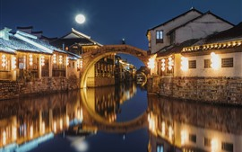 Nanxun Ancient Town, noche, luces, río, China