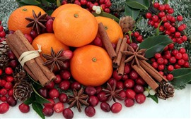 Oranges, cinnamon, red berries