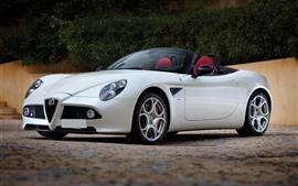 Alfa Romeo blanco convertible