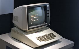 Preview wallpaper Apple II classic computer, monitor