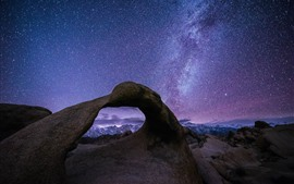 Preview wallpaper Beautiful starry, purple style, arch, rocks