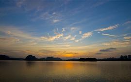 Belo pôr do sol, lago, céu, nuvens, crepúsculo