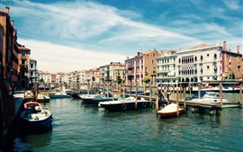 Preview wallpaper City, Venice, Italy, boats, river, houses