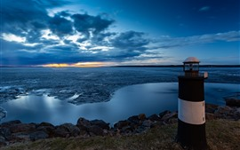 壁紙のプレビュー フィンランド、タンペレ、灯台、雲、海、夕暮れ