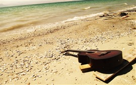 Guitarra, playa, mar