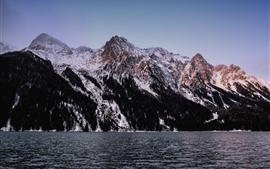 Lago, montañas, nieve, paisaje de la naturaleza